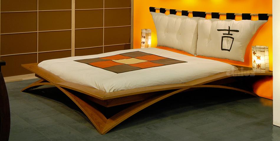 bett gotik loto. Black Bedroom Furniture Sets. Home Design Ideas