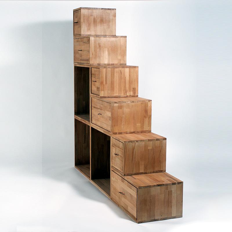 Staircase Yen Cinius