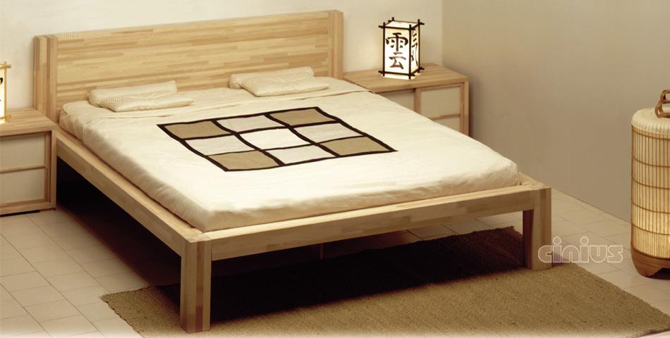 Letto Zen di Cinius: linea essenziale e minimal in legno massello